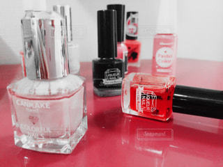 ネイル,赤,小物,机,マニキュア