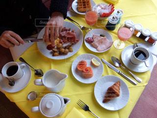 朝食,海外,テーブル,旅行,フランス,ホテル,朝ごはん,クロワッサン,テーブルフォト,ニース,ホテルネグレスコ
