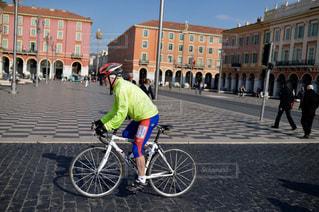 男性,風景,自転車,街並み,海外,人,フランス,おじいちゃん,サイクリング,外国人,老人