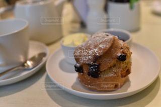 カフェ,海外,ヨーロッパ,おやつ,スコーン,旅行,イギリス,ロンドン,お茶,オーガニック,お茶時間,daylsfordorganic