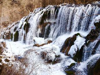 冬の九寨溝の珍珠灘瀑布の写真・画像素材[1491556]