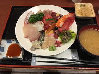 海鮮丼,大盛り,行列,握り,入谷,ネタいっぱい