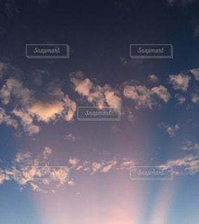 空の雲の写真・画像素材[2424326]
