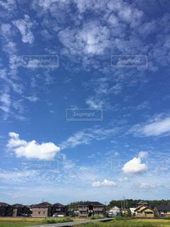 空に雲の群しをするの写真・画像素材[2428357]