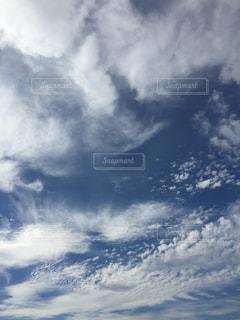 空に雲の群しをするの写真・画像素材[2434246]