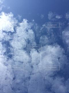 空に雲の群しをするの写真・画像素材[2438731]