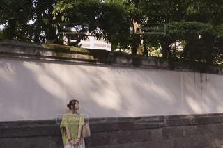 女性,20代,カメラ女子,晴れ,散歩,熊本,休日,レジャー,girl,お散歩,日陰,お出かけ,晴れの日