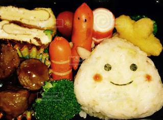 お弁当,おにぎり,笑顔,キャラ弁,顔おにぎり,友達の手作り