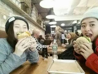 食べ物,ニューヨーク,海外,ハンバーガー,楽しい,幸せ,おいしい,ツーショット