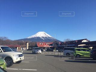 冬,富士山,青空,黒,駐車場,バイク,時計,おにぎり,屋根,顔,グリーン,快晴,ゆき,白線,しろ,シルバー,冠雪,ふじ,くるま