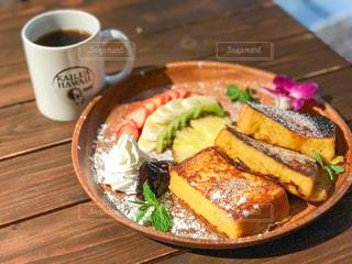 クローズ アップ食べ物の皿とコーヒー カップ - No.800135
