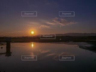 自然,風景,空,朝日,水面,正月,お正月,日の出,新年,初日の出,世界かんがい施設遺産,久米田池