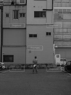 大きな白い建物の写真・画像素材[813159]