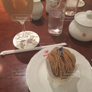 ケーキ,お茶,ミルクティー,モンブラン,和栗