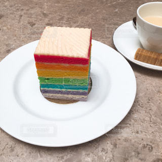 ケーキ,シンガポール,お茶,レインボーケーキ,フラトン,TWG,ザ・コートヤード