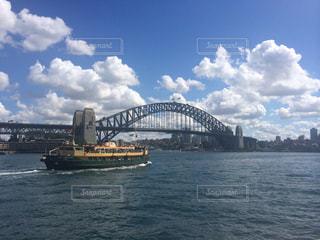 海,空,橋,海外,雲,景色,オーストラリア,海外旅行,シドニー,ハーバーブリッジ,ダーリングハーバー
