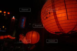 夜はライトアップ ランプの写真・画像素材[933683]