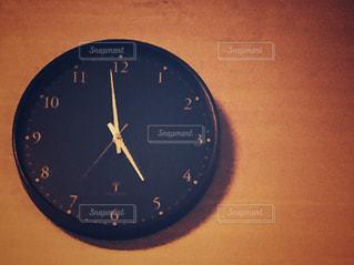 茶色,時計,丸,壁掛け
