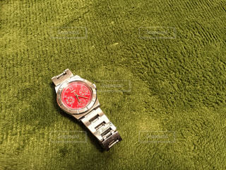 緑,赤,腕時計,時計,丸,seiko,セイコー,ルキア