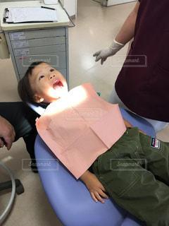 男子,男の子,息子,医療,歯科,治療,虫歯,歯医者,検診