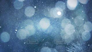 僕らの町に 今年も雪が降るの写真・画像素材[897378]