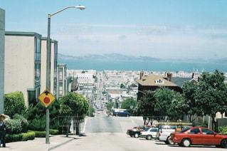 街の通りのビューの写真・画像素材[998522]