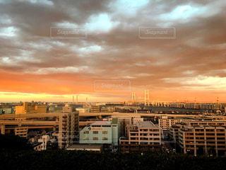 夕焼け,横浜,夕陽,デート,港の見える丘公園,横浜ベイブリッジ