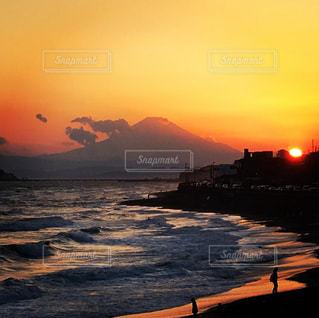 海,富士山,波,海岸,夕陽,湘南,鎌倉,稲村ヶ崎,稲村ヶ崎公園
