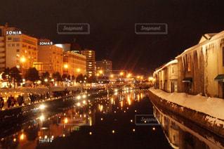 夜の街の景色の写真・画像素材[792243]