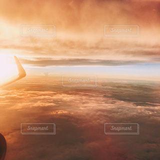 空,夕日,雲,飛行機,黄昏,夕陽,グラデーション,日暮れ,逢魔時