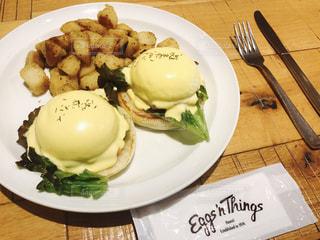 ランチ,卵,ハワイ,美味しい,卵料理,エッグベネディクト,エッグスシングス,ハワイ料理