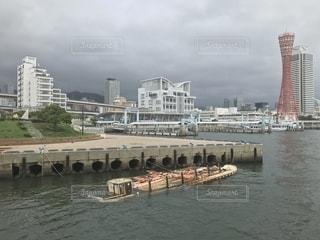 台風に破壊された屋形船。の写真・画像素材[1439678]