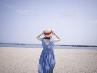 夏の女の子の写真・画像素材[2237334]