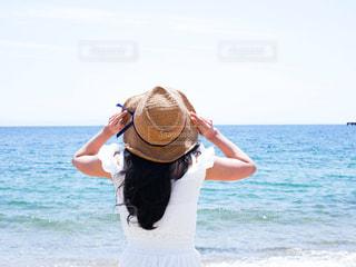 夏と女の子の写真・画像素材[3240750]