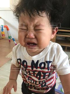 泣き顔ベビーの写真・画像素材[726228]