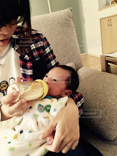 赤ちゃん,ミルク,新生児,ベビー,哺乳瓶,ママと子供