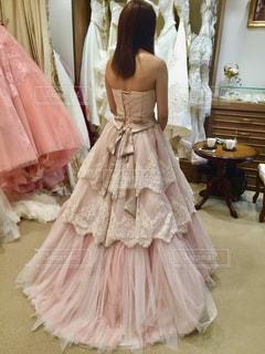 ウェディング ドレスを着た女性の写真・画像素材[1233262]