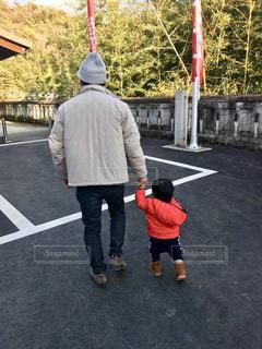 おじいちゃんと孫の写真・画像素材[1646176]