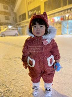 子ども,風景,冬,雪,屋外,笑顔,幼児