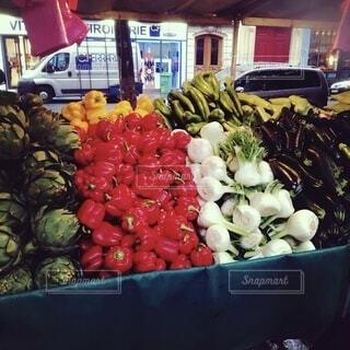 新鮮な食材をたっぷり使った店の写真・画像素材[3689183]