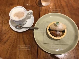ケーキ,カフェラテ,美味しい,落ち着く,モンブラン