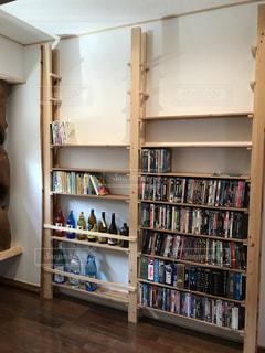 木,本,DIY,瓶,棚,本棚,DVD,収納,飾り,整理,整頓