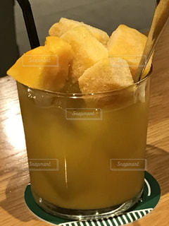 マンゴー,氷,フルーツ,スプーン,美味しい,かき氷,冷たい,鹿児島,マンゴーかき氷