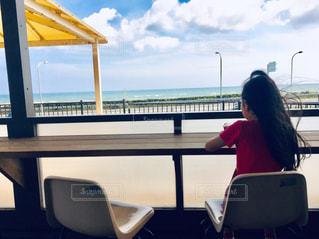 海,空,海岸,子供,人物,人,子,海の見えるレストラン