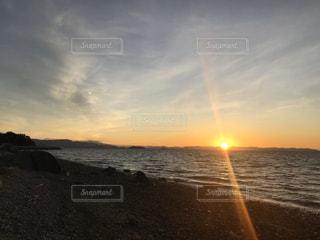 自然,風景,海,空,屋外,太陽,ビーチ,砂浜,夕暮れ,水面,海岸,光,クラウド