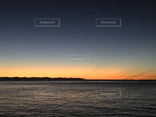 自然,風景,海,空,屋外,湖,太陽,ビーチ,夕暮れ,水面,海岸,光,月,クラウド
