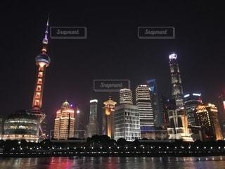 風景,夜景,タワー,ライトアップ,旅行,中国,上海,海外旅行,外灘