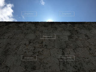 空,夏,屋外,太陽,青空,晴天,沖縄,日差し,光,旅行,石,快晴,首里城壁