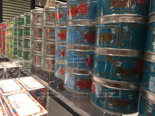 棚にソーダの缶 - No.1251400