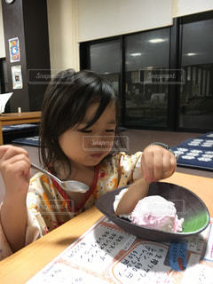 デザート,アイス,おいしい,お風呂上がり,娘